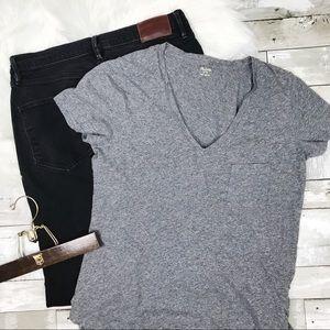 MADEWELL V-Neck T-Shirt Small Pocket Grey Medium